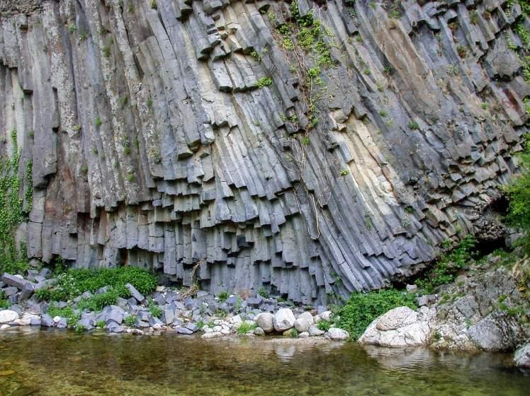 Coulée basaltique à Jaujac