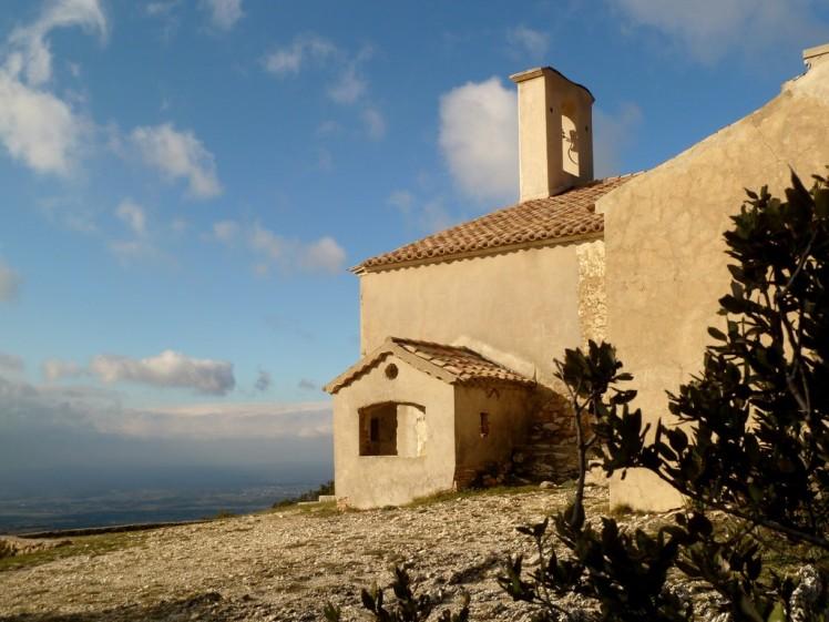 La chapelle Notre-Dame de Beauvoir à Rousset-les-Vignes