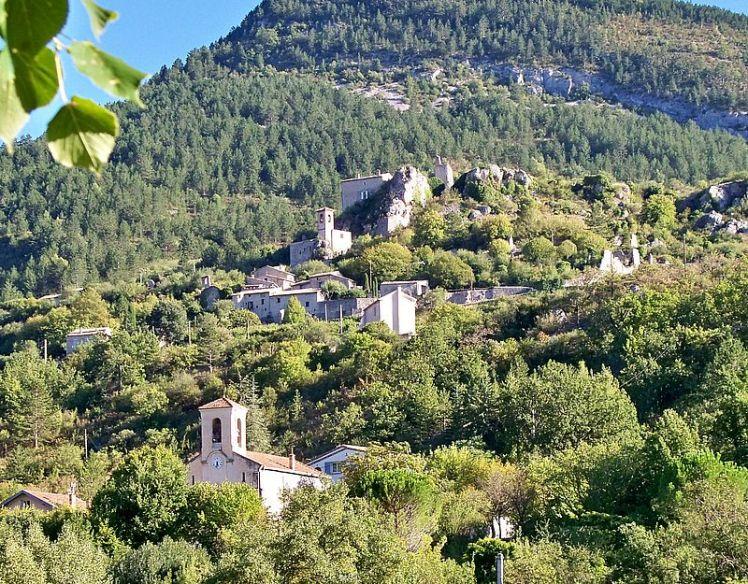 Sahune : le vieux village